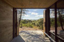 Entrée principale - Casa-Caldera par DUST - Texas, USA © Cade Hayes