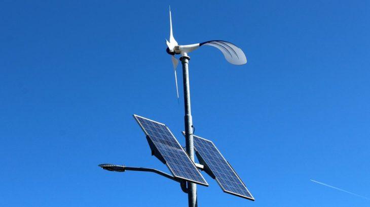 Une-nouveau prototype de batterie stocke energie solaire et eolienne