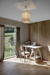 Bureau - CNR-House par Alp-Architecture - Vollèges, Suisse © Christophe Voisin