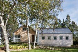 Façade principale bois - High-Altitude-Style par Jane Hope - Saint-Sauveur, Canada © Adrien Williams