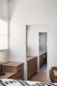 Meuble salle de bains - High-Altitude-Style par Jane Hope - Saint-Sauveur, Canada © Adrien Williams