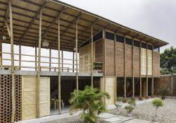 Façade principale - Stilts-House par Natura-Futura-Arquitectura - Equateur, Villamil © Maderas Pedro