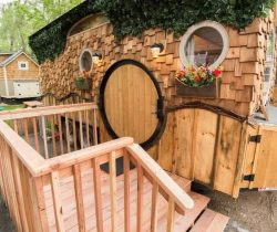 Façade terrasse - Hobbit-Tiny-House - Colorado, USA © Weecasa