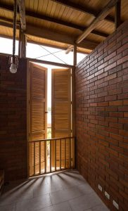 Ouvertures bois - Stilts-House par Natura-Futura-Arquitectura - Equateur, Villamil © Maderas Pedro