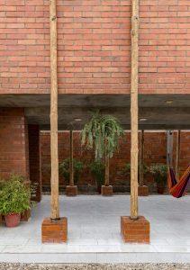 Pilones bois sur pilotis - Stilts-House par Natura-Futura-Arquitectura - Equateur, Villamil © Maderas Pedro