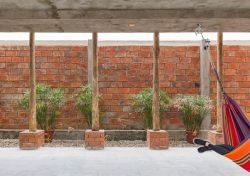 Rez de chaussée et façade terrasse - Stilts-House par Natura-Futura-Arquitectura - Equateur, Villamil © Maderas Pedro