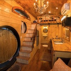 Seule pièce principale - Hobbit-Tiny-House - Colorado, USA © Weecasa