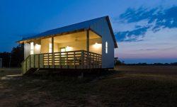 Un autre projet de maison achevé - Homes-Rural-America par Rural-Studio - Alabama, USA © Timothy Hursley