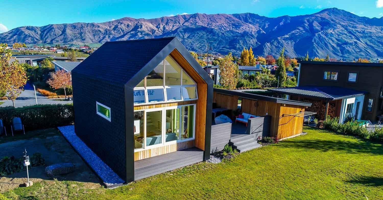 Une micro maison bois inspir e des tiny house en nouvelle for Micro maison bois