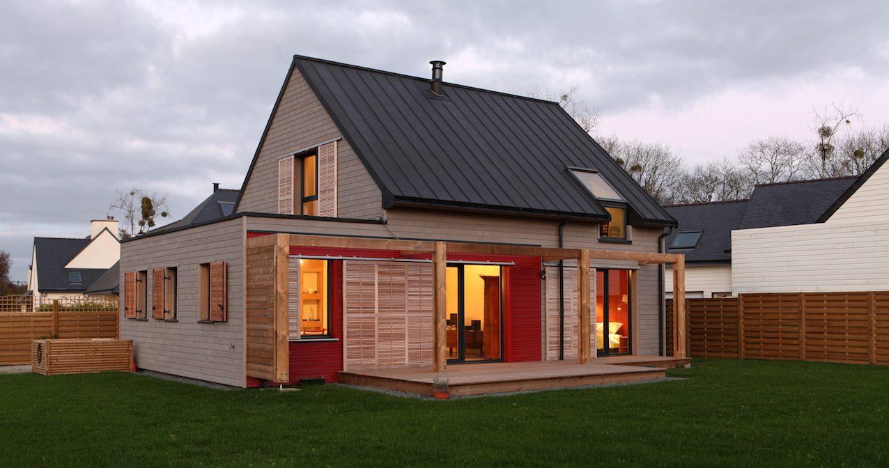 Mixte bois-béton pour cette maison Rt 2012 près de Sainte-Anne-D ...