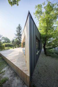 Forme asymetrique façade - Casa-CWA par Beczack - Owczarnia, Pologne © Jan Karol Golebiewski