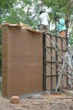 Processus fabrication mur terre battue - Debris-House par Wallmakers - Pathanamthitta, Inde © Anand Jaju