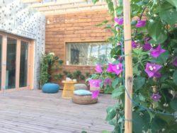 Façade terrasse et plantes - Prototype-Baitikool-Solar-Decathlon