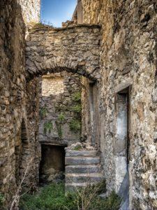 mur-batiment-medievale