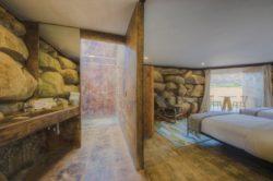 Chambre et salle de bains - House 8 par TAC Taller - Mexique, Vallee de Guadalupe © Humberto Romero