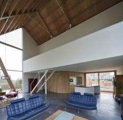 Pièce de vie - Barnhouse par RVArchitecture - Werkhoven, Pays-Bas © Rene de Wit