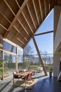 Séjour et vue extérieure - Barnhouse par RVArchitecture - Werkhoven, Pays-Bas © Rene de Wit