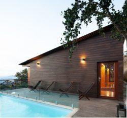 Façade terrasse et piscine - Country-House par Rui Filipe Veloso - Cinfaes, Portugal © Jose Campos