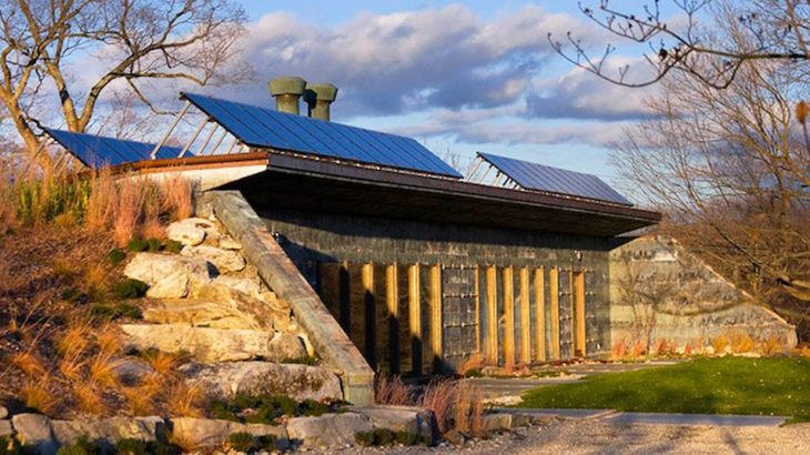 Une - Solar-House par Allan Shope - New York, USA