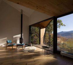 Cheminée salon - Cabin-Rock par I-Kanda-Architects - New Hampshire- USA © Matt Delphenich