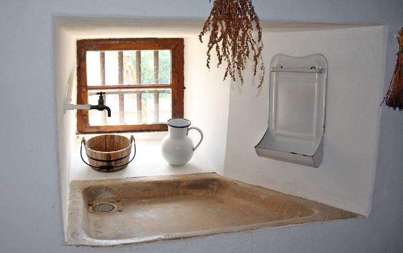 salle-de-bains-mortier-a-la-chaux