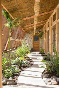 Jardin intérieur - Earthship Te Timatanga par Gus-Sarah - Waikato, Nouvelle-Zelande
