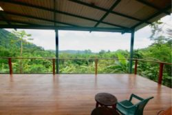 08- House Without Shoes - Costa Rica © Makenzie Gardner