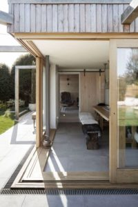 09- 200-Year-Old House par Paul Cashin Architects - Chichester Harbour, Angleterre © Richard Chivers