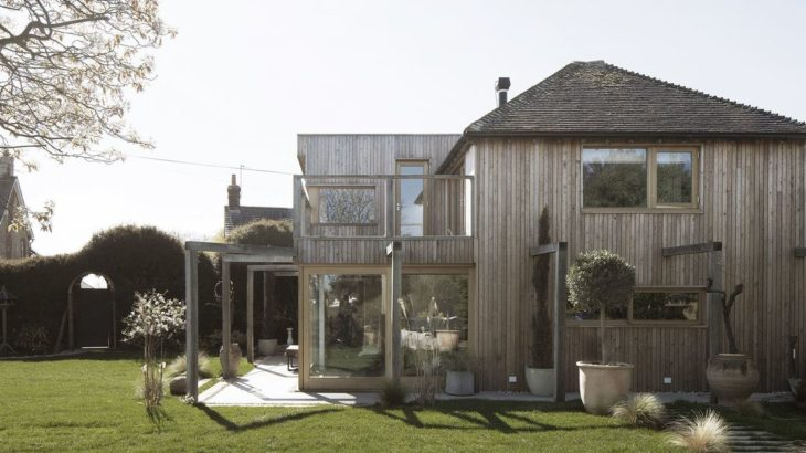 Une- 200-Year-Old House par Paul Cashin Architects - Chichester Harbour, Angleterre © Richard Chivers