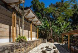 05- Guesthouse par CRU! Architectes - Brésil © nelson kon