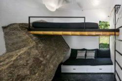 08- Guesthouse par CRU! Architectes - Brésil © nelson kon