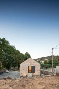 09- MCR2 House par Filipe Pina - Belmonte, Portugal © Joao Morgado