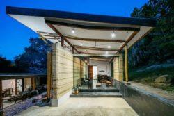 14- Guesthouse par CRU! Architectes - Brésil © nelson kon