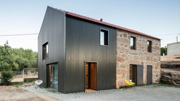 Une - MCR2 House par Filipe Pina - Belmonte, Portugal © Joao Morgado
