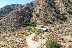 01- The-Grid Desert Living par Sasha-John - Desert Californie, USA