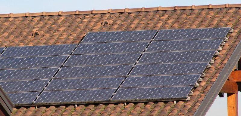 panneaux-solaires-947 Crédit Photo sferrario1968 sur Pixabay