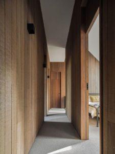 12- The-Barn-House par Paul-Uhlmann-Architects - Pullenvale, Australie © Andy Macpherson Studio