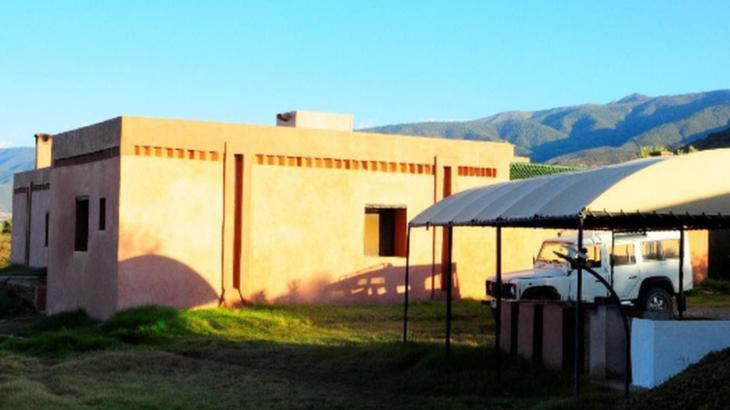 Une-Amizmiz-oasis-bioclimatique-Atlas-marocain