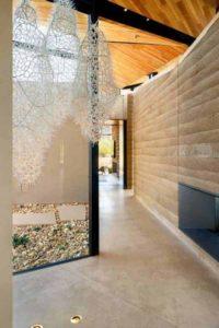 9- Rammed-Earth-Home par Kendle-Design-Collaborative - Arizona, USA © Alexander Vertikoff