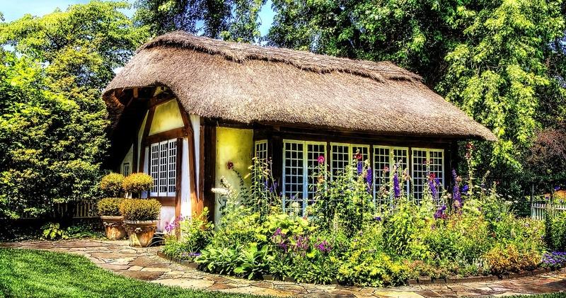 cottage-581080_ Vincent-Ciro