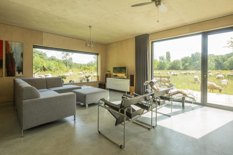 Maison Hei par Joris Verhoeven Architectuur à Tilburg, aux Pays-Bas - Crédit Photo : William van der Voort