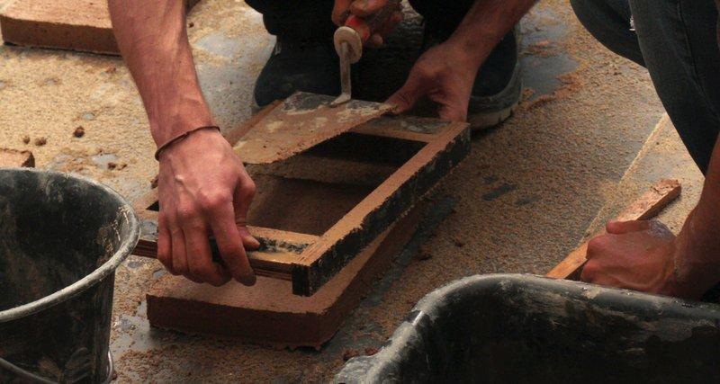 Construire en terre crue aujourd'hui – Amaco & Les Grands Ateliers – Villefontaine (FR-38)