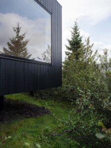 10-TGreen-Roof-KRADS-Islande-credits-photos-Marino-Thorlacius