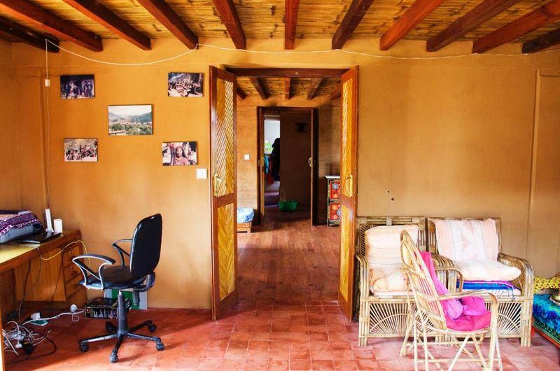 4-Sustainnable-Narayan-Acharya-Nepal-credits-photos-naturalbuildingblog
