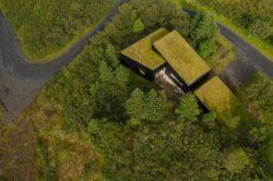 4-TGreen-Roof-KRADS-Islande-credits-photos-Marino-Thorlacius
