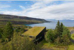 5-TGreen-Roof-KRADS-Islande-credits-photos-Marino-Thorlacius