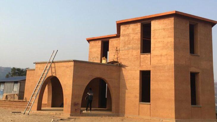 Une-Sustainnable-Narayan-Acharya-Nepal-credits-photos-naturalbuildingblog