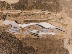 12-Xerolithi-House-Sinas-Architects-SERIFOS-Grece-credits-photos-Yiorgos-Kordakis