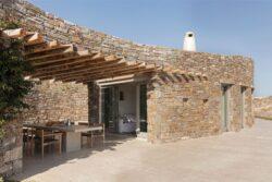 16-Xerolithi-House-Sinas-Architects-SERIFOS-Grece-credits-photos-Yiorgos-Kordakis