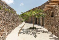 18-Xerolithi-House-Sinas-Architects-SERIFOS-Grece-credits-photos-Yiorgos-Kordakis